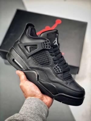 """Nike Air Jordan 4レトロ""""黒猫"""""""