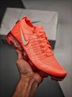 "Nike Air VaporMax Flyknit 2.0 レプリカ ""クリムゾンパルス"""