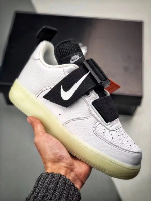 """Nike Air Force 1 ユーティリティ""""白ブラック"""""""